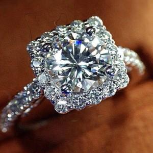 žena a šperky
