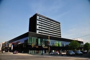rezeš predáva hotel